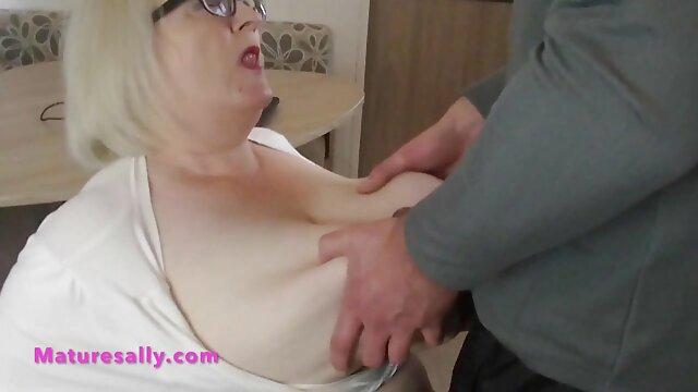 Sie legte die Feder reife mature sex