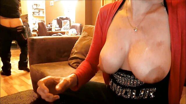 Fragile Mädchen mit den reife frau pornos Details schöne pussy